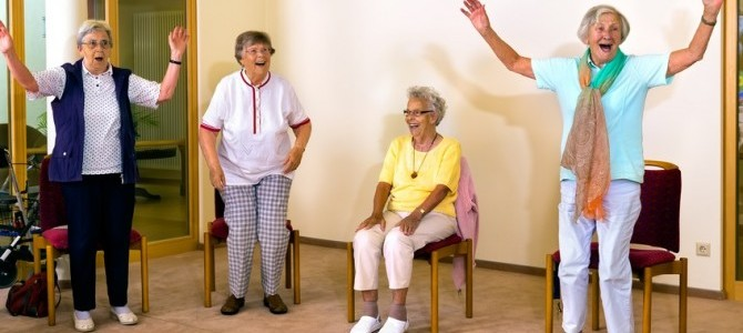 senior-women-standing-and-sitting-for-exercise-2